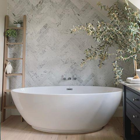 """<p>Nothing elevates a bathroom like a free-standing tub. At the top of the list, these give every space a <a href=""""https://www.housebeautiful.com/uk/decorate/bathroom/a33644819/luxury-bathroom/"""" rel=""""nofollow noopener"""" target=""""_blank"""" data-ylk=""""slk:five-star"""" class=""""link rapid-noclick-resp"""">five-star</a> feel. </p><p>'A free-standing bath makes a luxurious statement in any bathroom. From traditional roll tops with claw feet to more modern oval styles, there is a style for every taste,' says Sarah Davies, founder of <a href=""""https://www.floella.uk/"""" rel=""""nofollow noopener"""" target=""""_blank"""" data-ylk=""""slk:FLOELLA Interiors"""" class=""""link rapid-noclick-resp"""">FLOELLA Interiors</a>.</p><p><a href=""""https://www.instagram.com/p/CB-Nm8cnVA7/"""" rel=""""nofollow noopener"""" target=""""_blank"""" data-ylk=""""slk:See the original post on Instagram"""" class=""""link rapid-noclick-resp"""">See the original post on Instagram</a></p>"""