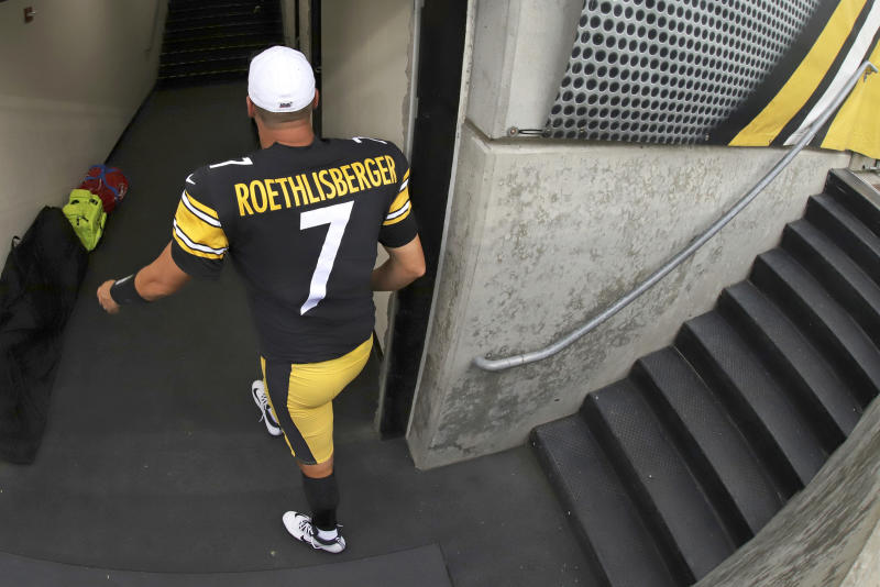 Pittsburgh Steelers quarterback Ben Roethlisberger is done for the season with an elbow injury. (AP)