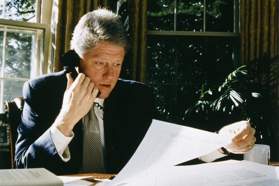 American President Bill Clinton in his office at the White House. (Photo by Jeffrey Markowitz/Sygma via Getty Images)