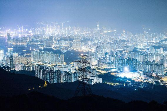 <p>Hong Kong's skyscrapers fetch up to US$8,000 per sq ft. (Photo: Getty Images) </p>