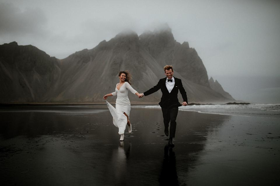 <p>The shots were taken across a variety of stunning locations. (Photo: Junebug Weddings/Caters News) </p>