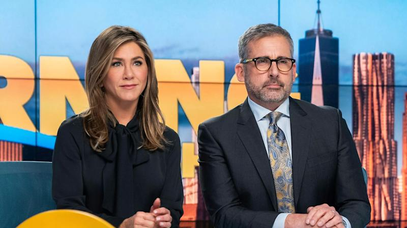 """Jennifer Aniston and Steve Carell in """"The Morning Show"""" on Apple TV+. (Photo: Apple TV+)"""