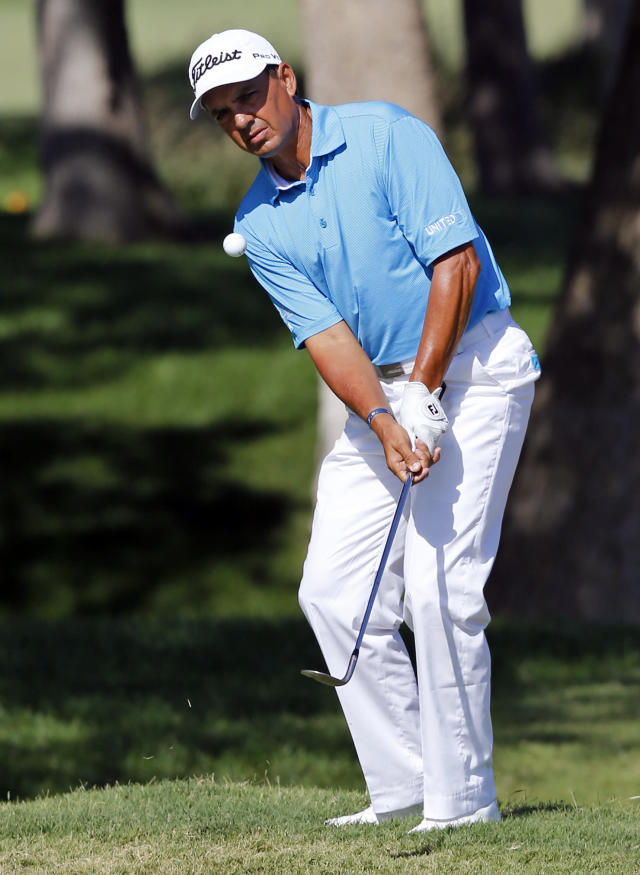 Pernice, Bryant share Champions Tour lead