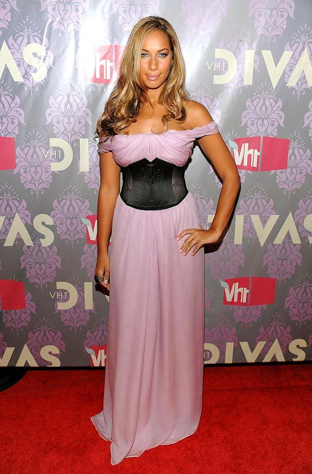"Why did Leona Lewis decide to ruin her lovely lavender gown by wrapping a black corset around her waist? Dimitrios Kambouris/<a href=""http://www.wireimage.com"" target=""new"">WireImage.com</a> - September 17, 2009"