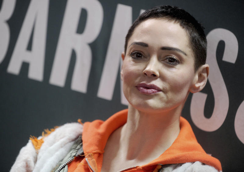October 24th 2019 - Actress Rose McGowan has filed suit against former film producer Harvey Weinstein and his former attorneys for allegedly attempting to discredit her rape claim against him. - May 30th 2018 - Harvey Weinstein Indicted by New York grand jury on multiple rape and sex crime charges. - File Photo by: zz/Dennis Van Tine/STAR MAX/IPx 2018 1/31/18 Rose McGowan signs copies of her memoir 'Brave' in New York City. (NYC)