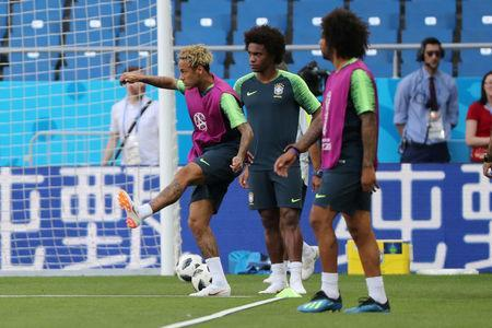 Soccer Football - World Cup - Brazil Training - Rostov Arena, Rostov-on-Don, Russia - June 16, 2018 Brazil's Neymar with Willian and Marcelo during training REUTERS/Marko Djurica