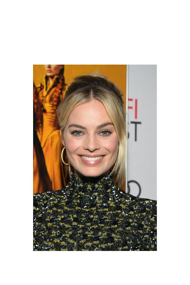 <p>With so much lift, you'd never know Margot Robbie's hair - pulled back into a chignon here - only falls to her shoulders.  </p>