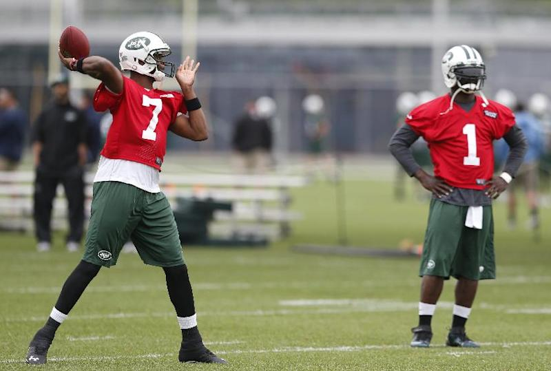 Open or closed? Mixed signals on Jets' QB battle