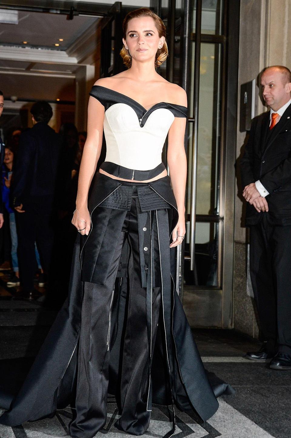"""<h1 class=""""title"""">Emma Watson in Jean Paul Gaultier , 2016</h1><cite class=""""credit"""">Photo: Getty Images</cite>"""