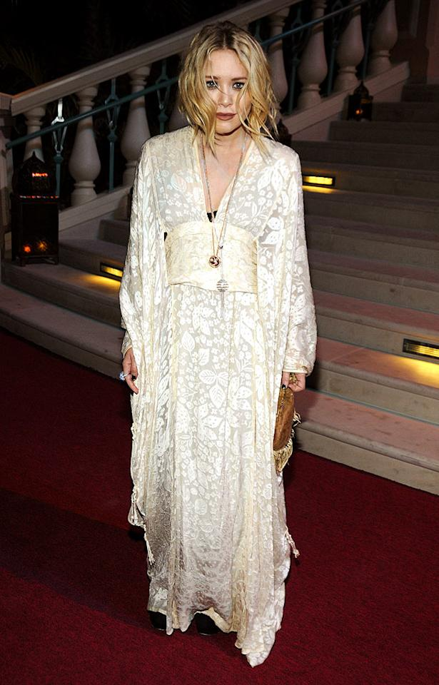 "Just when we thought Mary-Kate Olsen had corrected her suspect style, she attended an A-list event in yet another one of her tacky tablecloths. Kevin Mazur/<a href=""http://www.wireimage.com"" target=""new"">WireImage.com</a> - November 20, 2008"