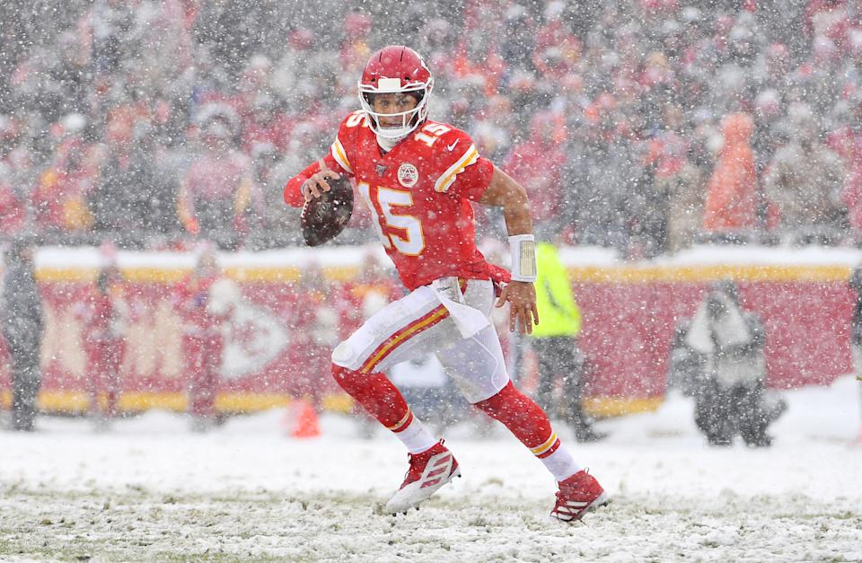 Dec 15, 2019; Kansas City, MO, USA; Kansas City Chiefs quarterback Patrick Mahomes (15) looks to pass during the second half against the Denver Broncos at Arrowhead Stadium. Mandatory Credit: Denny Medley-USA TODAY Sports