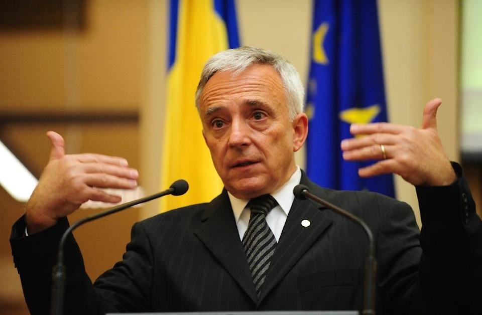 Mugur Isarescu, the Governor of the Romanian Central Bank, pictured on October 13, 2008 (AFP Photo/Daniel Mihailescu)