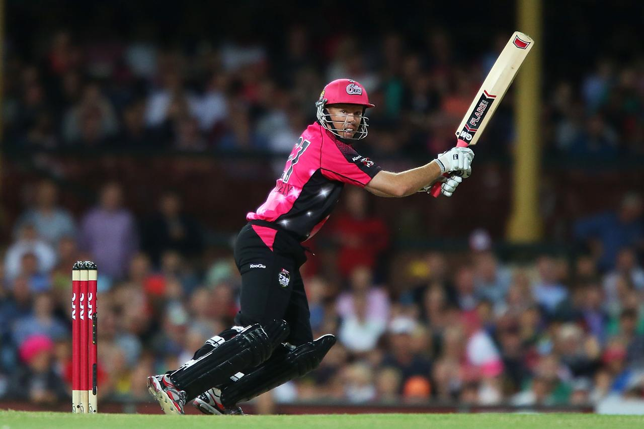 SYDNEY, AUSTRALIA - JANUARY 09:  Will Dominic Thornely of the Sixers bats during the Big Bash League match between the Sydney Sixers and the Melbourne Renegades at SCG on January 9, 2013 in Sydney, Australia.  (Photo by Brendon Thorne/Getty Images)