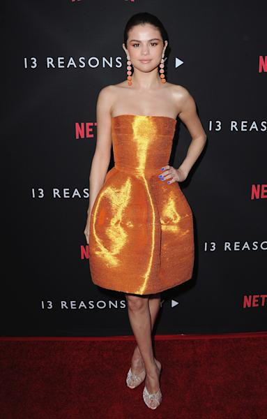 Her dress is the ultimate optical illusion.