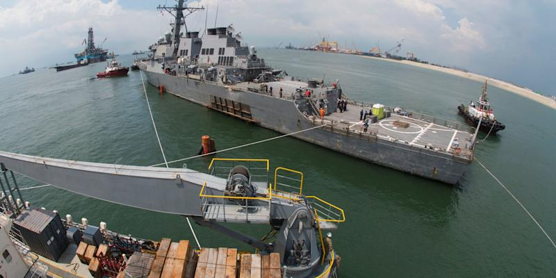 Watch the USS McCain Lifted Onto a Ship That Ships Ships