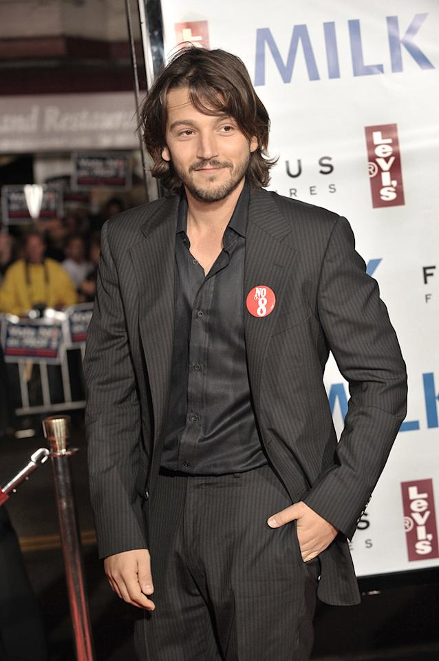 "<a href=""http://movies.yahoo.com/movie/contributor/1804575242"">Diego Luna</a> at the San Francisco premiere of <a href=""http://movies.yahoo.com/movie/1810041985/info"">Milk</a> - 10/28/2008"