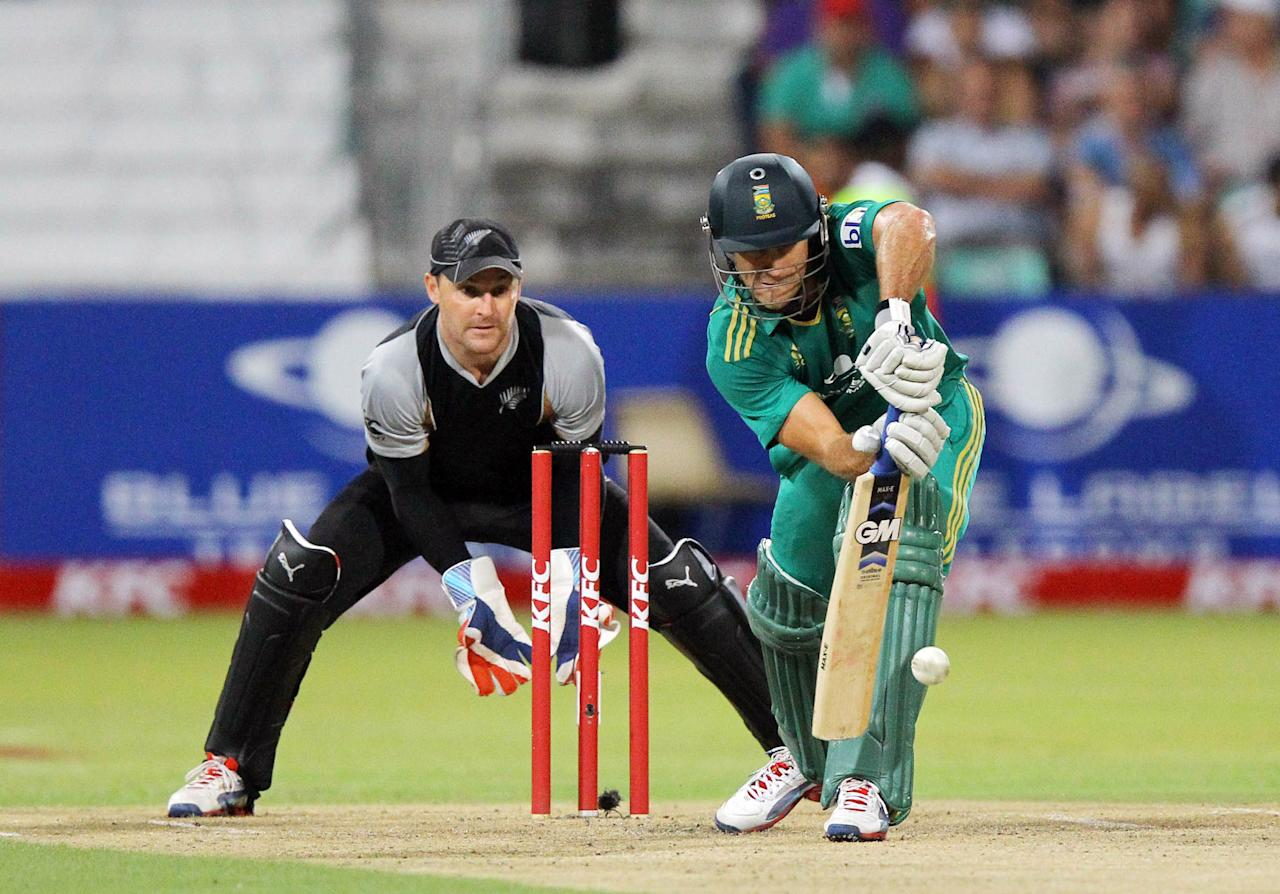 DURBAN, SOUTH AFRICA - DECEMBER 21:  Faf du Plessis of South Africa during the 1st T20 match between South Africa and New Zealand at Sahara Park Kingsmead on December 21, 2012 in Durban, South Africa.  (Photo by Anesh Debiky/Gallo Images/Getty Images)