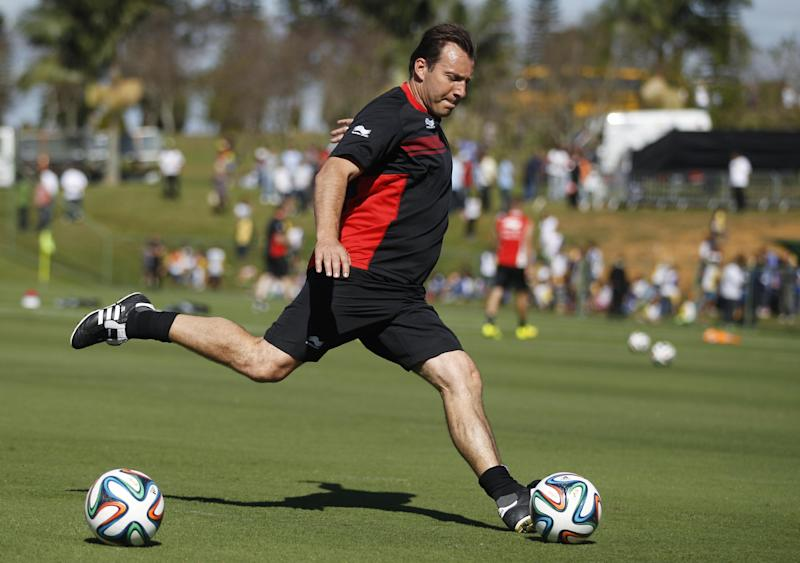 Wilmots, back as coach, looking for happier times