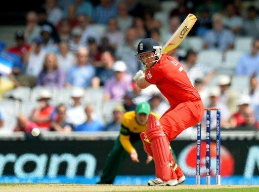 England's Ian Bell plays a shot during the One Day International (ODI) ICC Champions Trophy semi-final cricket match between England and South Africa at the Oval in London on June 19, 2013. England reached the Champions Trophy final with a seven-wicket victory over South Africa in the semi-final