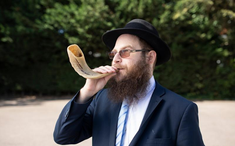 London's Jewish Community Celebrates Rosh Hashanah