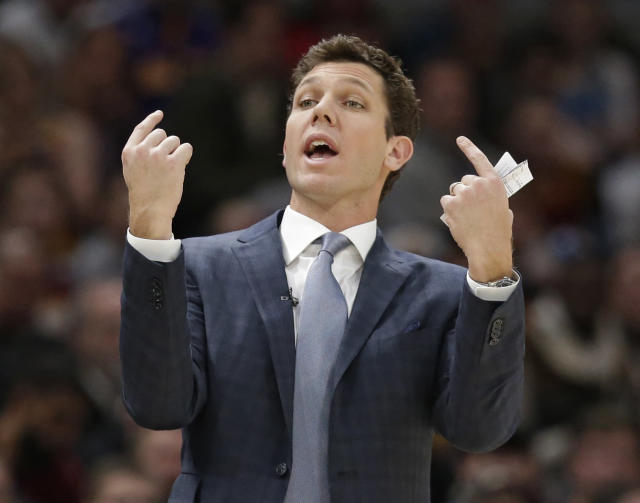 Is Lakers coach Luke Walton really on the hot seat? (AP)
