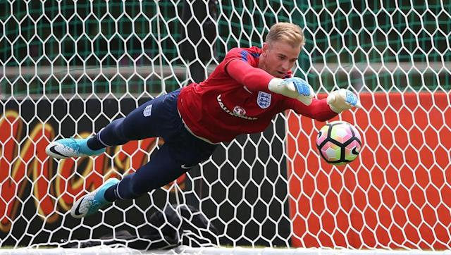 <p>Returning to the Premier League after being exiled to Torino for a year by parent club Manchester City, Joe Hart will be desperate to prove himself as a top keeper in his native land this season.</p> <br><p>We mustn't forget that Hart remains England boss Gareth Southgate's number one goalkeeper, and boasts an impressive four Golden Glove awards racked up during his heyday with Manchester City. Only Premier League veteran Petr Čech has won as many.</p> <br><p>Hart unquestionably still has a good few seasons left in him, and his desire to regain his reputation will certainly work in his favour during the upcoming campaign with the Hammers.</p>