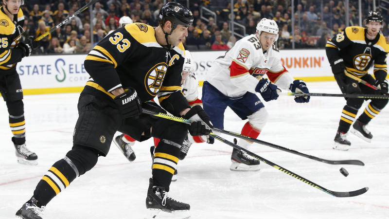 The lights went out at the TD Garden during Tuesday's game between the Boston Bruins and Florida Panthers. (Greg M. Cooper-USA TODAY Sports)
