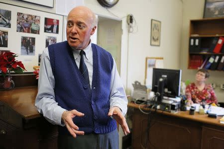 New Hampshire Secretary of State Bill Gardner answers a question in his office at the State House in Concord, New Hampshire December 17, 2014.  REUTERS/Brian Snyder