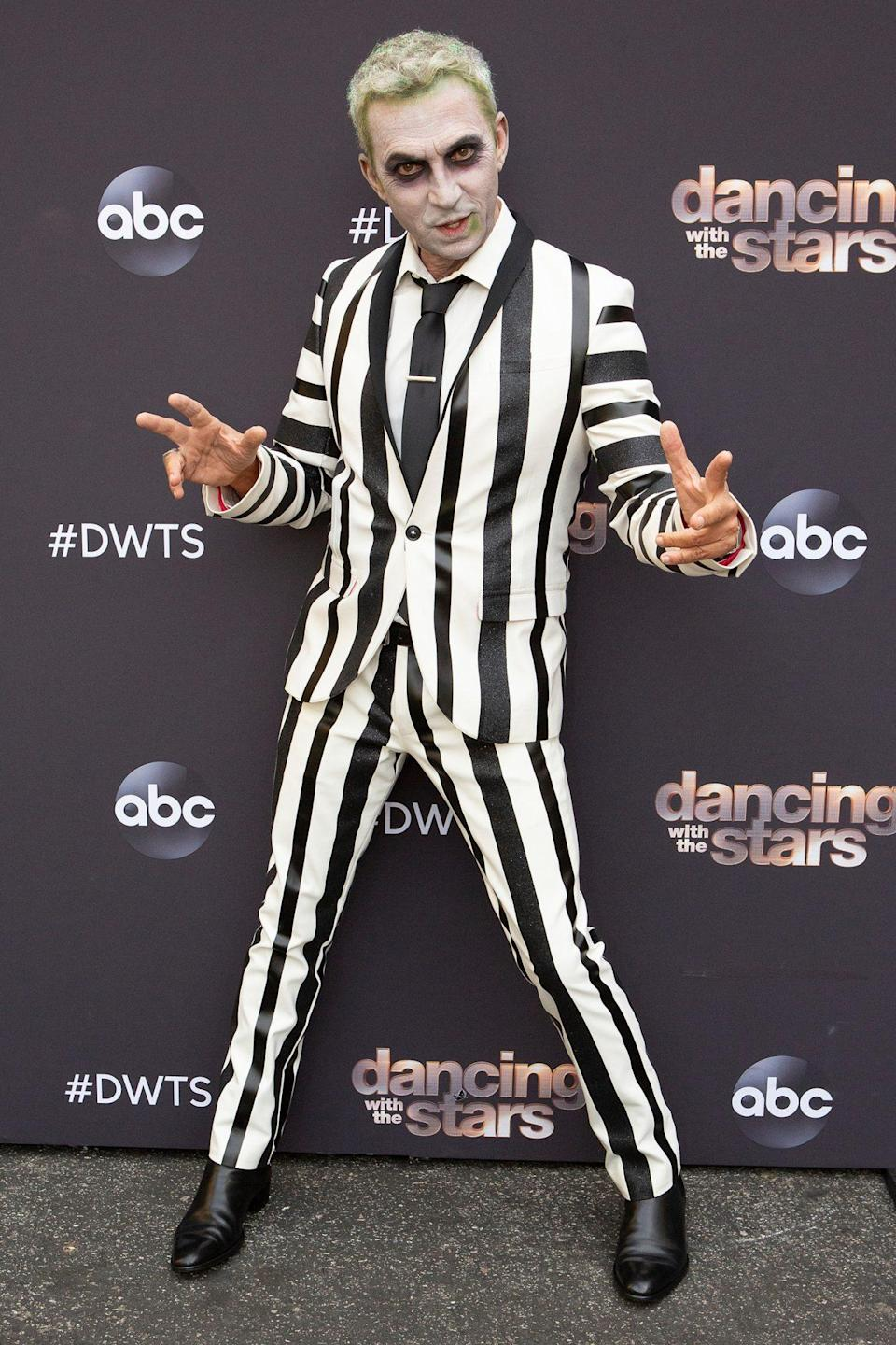 <p>Don't say his name three times! The judge dressed as Beetlejuice for the show's Halloween episode. </p>