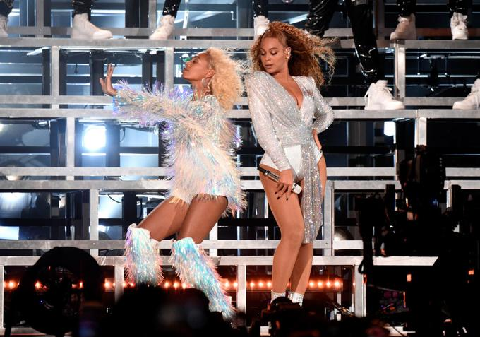 Beyoncé and Solange Fell With Grace at Coachella and Fans Loved It