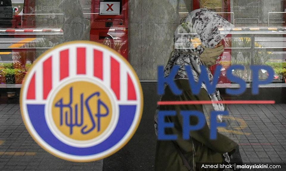 Puad: Muhyiddin can be 'caned' by EPF's 7.6 million members