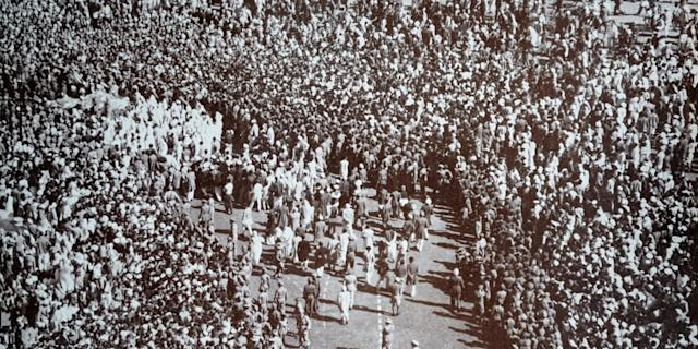 Funeral of Mahatma Gandhi after he was assassinated in the garden of Birla House, on January 30, 1948. Photo: Universal History Archive/ Universal Images Group via Getty Images <br>