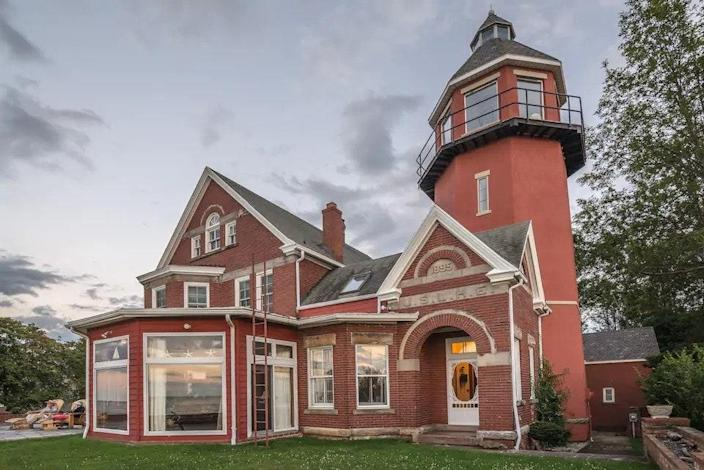 """Though you can only book a single room in this historic upstate New York property, the hosts have infused it with all sorts of antiques and personal charms (including breakfast). Guests can tour the beautifully restored lighthouse, grounds, dining room, parlor, and solarium during their stay. $250, Airbnb. <a href=""""https://www.airbnb.com/rooms/6730567"""" rel=""""nofollow noopener"""" target=""""_blank"""" data-ylk=""""slk:Get it now!"""" class=""""link rapid-noclick-resp"""">Get it now!</a>"""