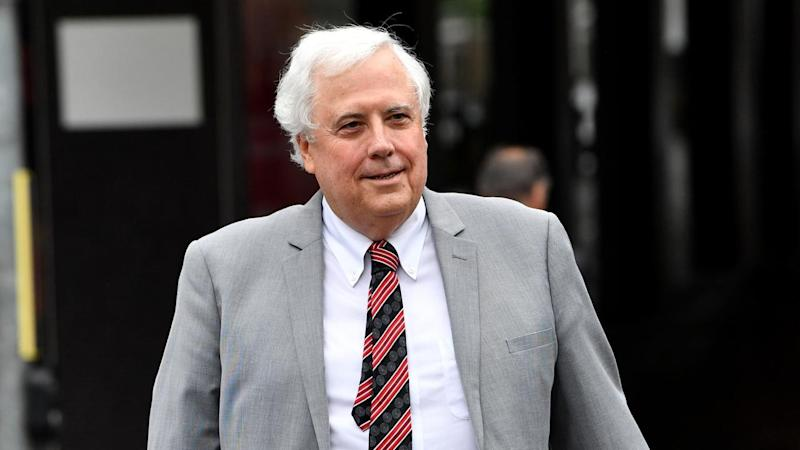Clive arrives late for marathon sittings