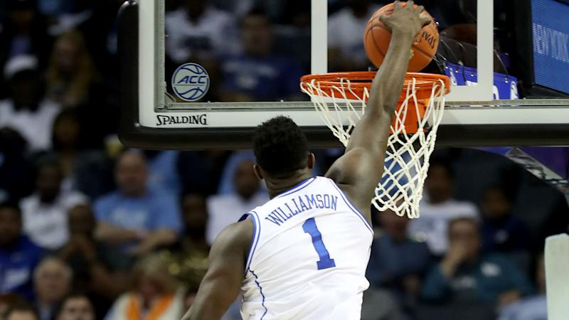 March Madness 2019: Zion Williamson Throws Down Multiple