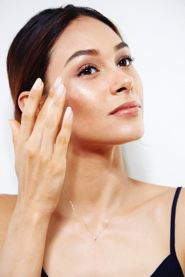 """<p>You've read about the <a href=""""https://www.popsugar.com/beauty/Best-Sunscreens-Dermatologists-Use-45928892"""" class=""""ga-track"""" data-ga-category=""""Related"""" data-ga-label=""""https://www.popsugar.com/beauty/Best-Sunscreens-Dermatologists-Use-45928892"""" data-ga-action=""""In-Line Links"""">importance of sunscreen</a> - either on the bottle of SPF or this very website - but it's true: sun exposure is the number one cause of premature aging. That's why you need to protect your skin from the harmful effects of UV rays (which include but are not limited to dark spots, fine lines, and skin cancer, to name a few) early on. There are dozens of great <a href=""""https://www.popsugar.com/beauty/Best-Moisturizers-Sunscreen-46158385"""" class=""""ga-track"""" data-ga-category=""""Related"""" data-ga-label=""""https://www.popsugar.com/beauty/Best-Moisturizers-Sunscreen-46158385"""" data-ga-action=""""In-Line Links"""">sunscreens</a> out there depending on what you're looking for. </p> <p>If you're a naturalist, maybe you prefer a physical formula, which includes actives like titanium dioxide or zinc to physically block the sun from penetrating the skin. Or, if you like to stay active and want something that'll absorb into skin, chemical sunscreens are a good way to go. Either way, any SPF will keep you safe and reduce any future damage.</p>"""