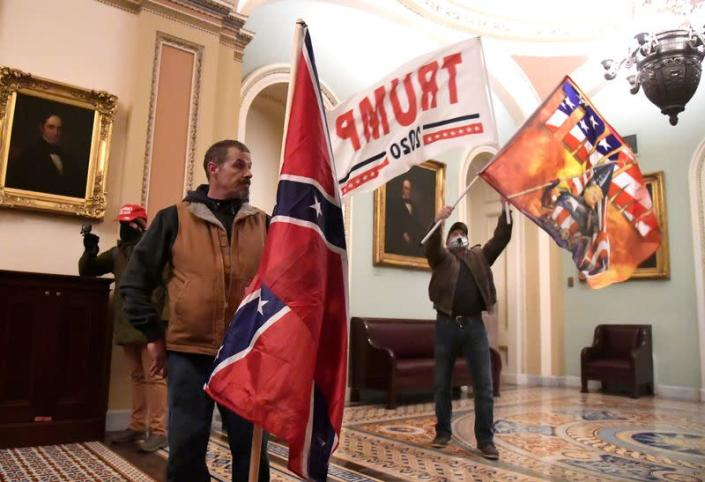 Trump supporters breech the US Capitol