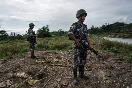 Civilians trapped as violence scorches Myanmar's Rakhine State