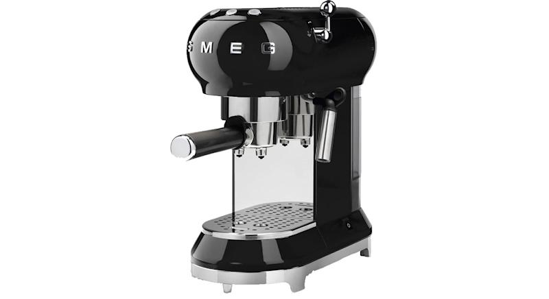 SMEG ECF01BLUK Coffee Machine