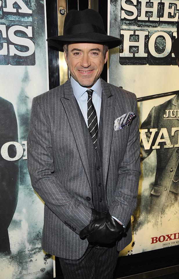 """<a href=""""http://movies.yahoo.com/movie/contributor/1800010914"""">Robert Downey Jr.</a> at the London premiere of <a href=""""http://movies.yahoo.com/movie/1810045845/info"""">Sherlock Holmes</a> - 12/14/2009"""