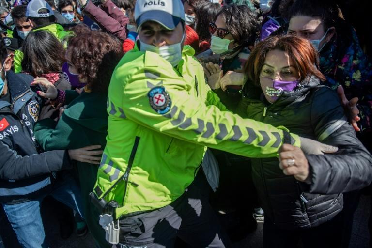 Turkish police scuffled with women protesting Erdogan's decision