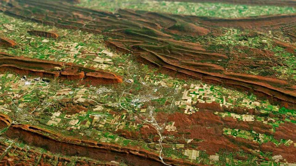 Painting Pennsylvania Hills Credits: NASA Earth Observatory images by Joshua Stevens,