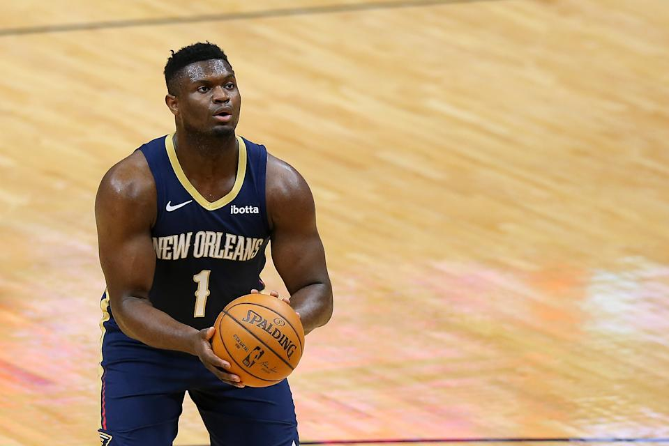 NEW ORLEANS, LOUISIANA - MARCH 03: Zion Williamson #1 of the New Orleans Pelicans drives shoots against the Chicago Bulls during the first half at the Smoothie King Center on March 03, 2021 in New Orleans, Louisiana. NOTE TO USER: User expressly acknowledges and agrees that, by downloading and or using this Photograph, user is consenting to the terms and conditions of the Getty Images License Agreement. (Photo by Jonathan Bachman/Getty Images)