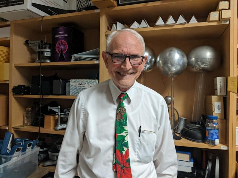 Professor David Wright, PhD, of Tidewater Community College in Virginia makes physics fun for his students. (Courtesy of Tidewater Community College)