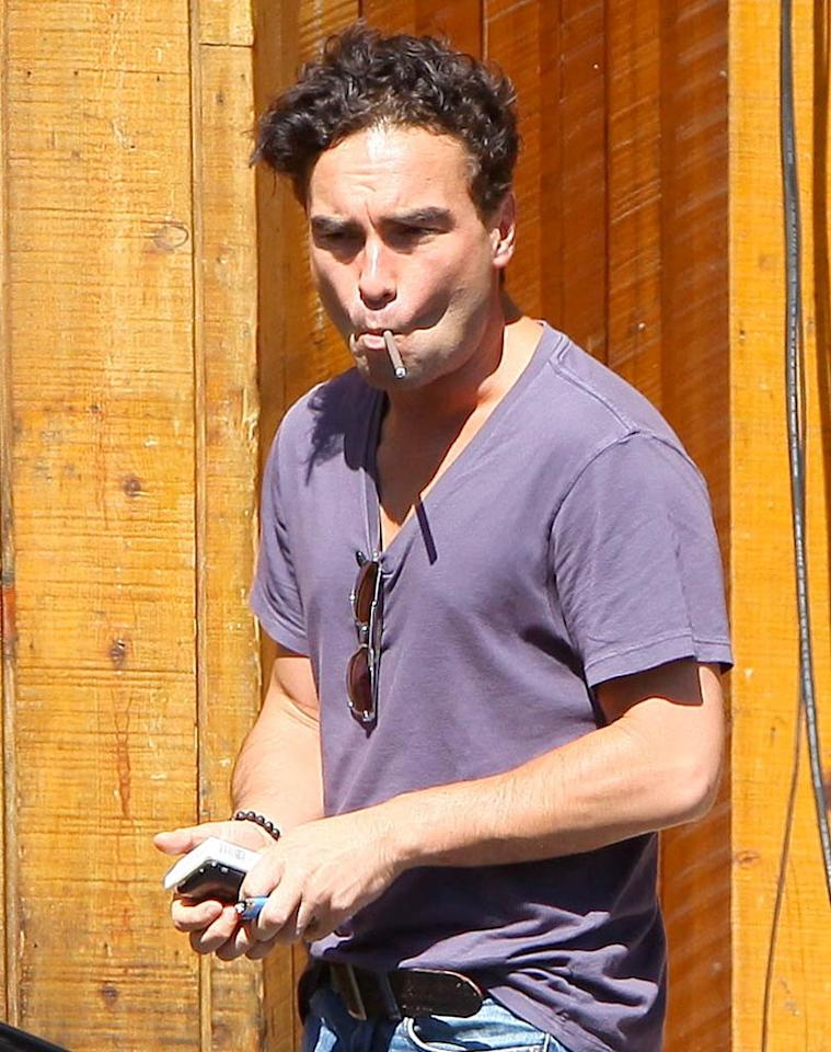 """The Big Bang Theory's"" Johnny Galecki was in attendance as well. Time to quit the cigarettes, Johnny. It's a very unattractive habit. Kmm/<a href=""http://www.x17online.com"" target=""new"">X17 Online</a> - July 12, 2010"