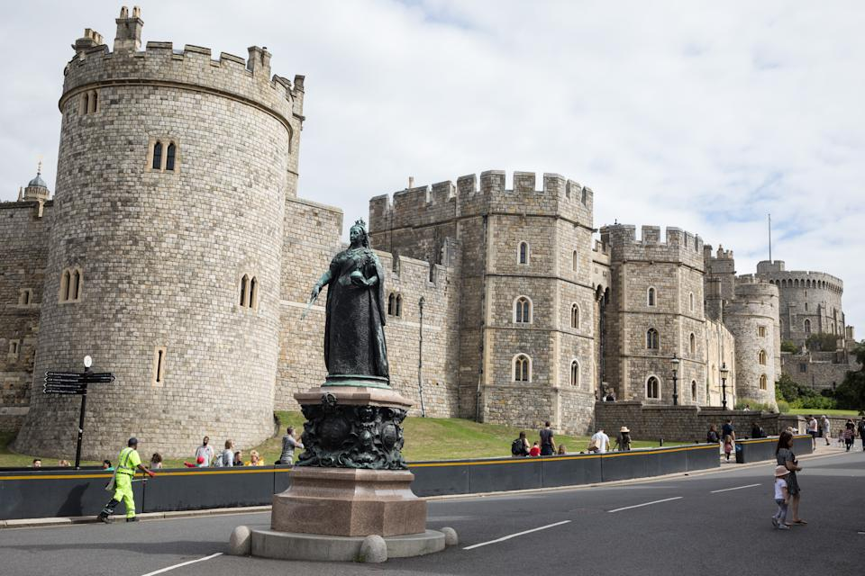 Members of the public arrive to visit Windsor Castle on 23rd August 2020 in Windsor, United Kingdom. The Sunday Times has reported that the Queen will make Windsor Castle her main home for the rest of the year following her summer break at Balmoral rather than returning to Buckingham Palace because her household arrangements at Windsor Castle are believed to offer the greatest protection from COVID-19. (photo by Mark Kerrison/In Pictures via Getty Images)