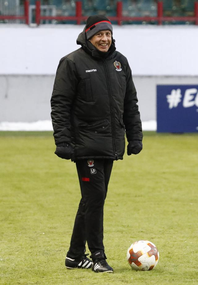 Soccer Football - Europa League - OGC Nice Training - Moscow, Russia - February 21, 2018 - Nice's coach Lucien Favre attends a training session. REUTERS/Sergei Karpukhin