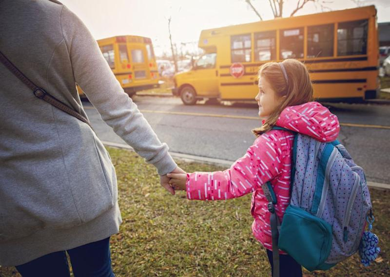One mum has shared the simple sentence that silences bullies. Photo: Getty