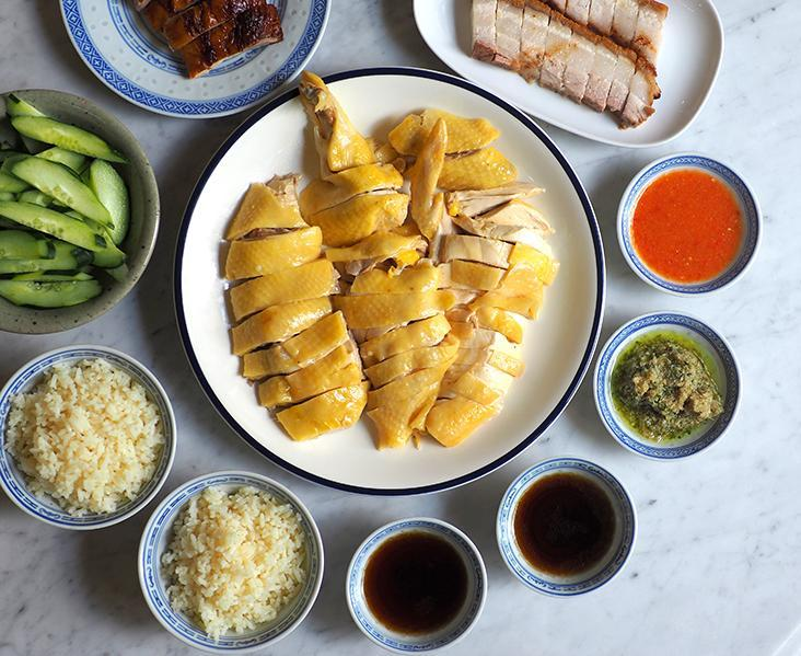 Comfort your soul with chicken rice served with various condiments. – Pictures by Lee Khang Yi