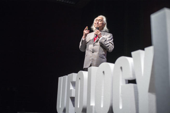 Michio Kaku speaks at the Ufology World Congress in Barcelona, Spain, on Sept. 7. (Photo: José Colon for Yahoo News)